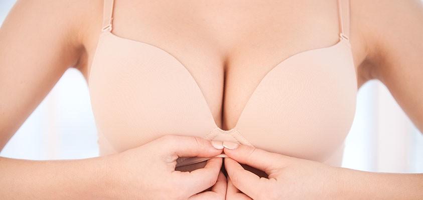 Straffe Brust und kein Hängebusen